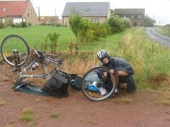 vélo, crevaison, randonnée