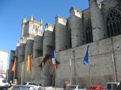 Condom - Cathedrale St Pierre - sur le chemin de St Jacques.JPG
