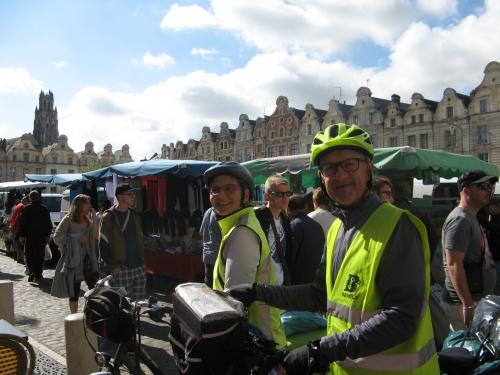 Arras, hôtel de ville, vélo, randonnée