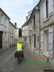 Dans les ruelles de Crepy en Valois.jpg